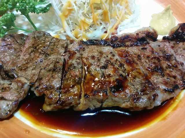 「 鎌田 」 ステーキセット ボリューミーで美味しい