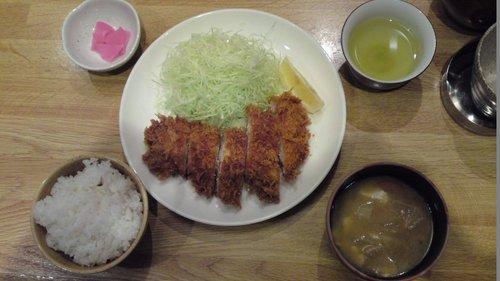 横浜リーズナブルランチ② (とんかつ)
