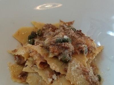 横浜の人気イタリアン「 オ・プレチェネッラ 」・超美味しい子羊のラグーとケッパー