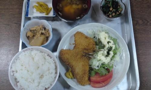 リーズナブルランチ 大衆割烹 寿作 (アジフライ定食)