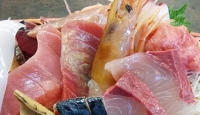 「 KANESEI 」 刺身船盛り定食 手打ち蕎麦付き