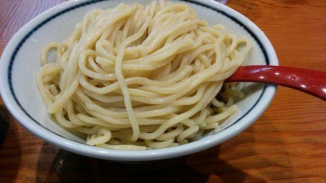 「 月と鼈 」 濃厚煮干つけ麺 新橋の旨いつけ麺
