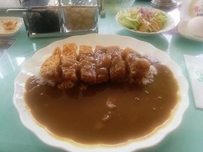 「 東京カントリー倶楽部 」 カツカレー 旨い・満腹