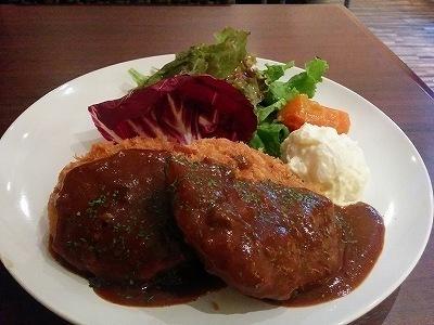 「 AmaOto 」 アグー豚のメンチカツランチ 旨い・満腹