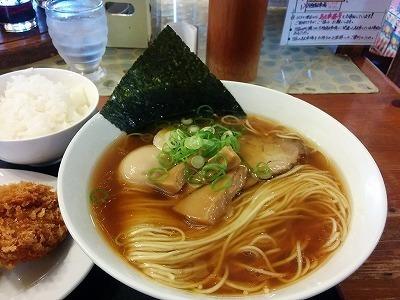 「 麺や食堂 」 味玉そば 愛情たっぷりの お・も・て・な・し